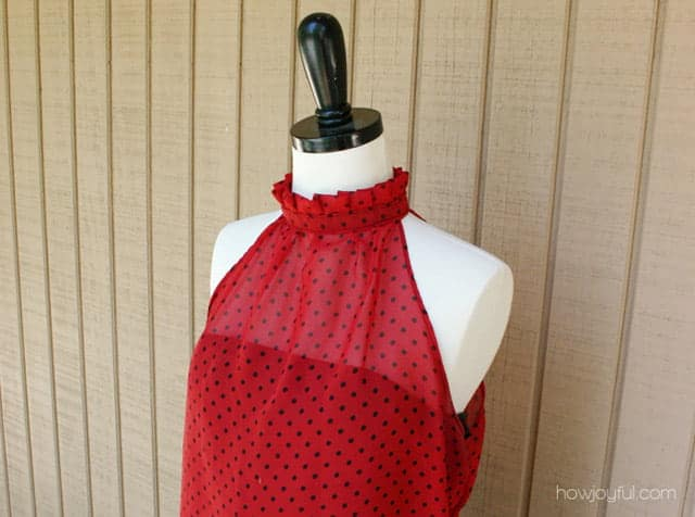 sewing a ruffle neck top