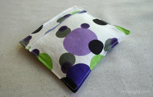 mini wrist pillow for mousepad back