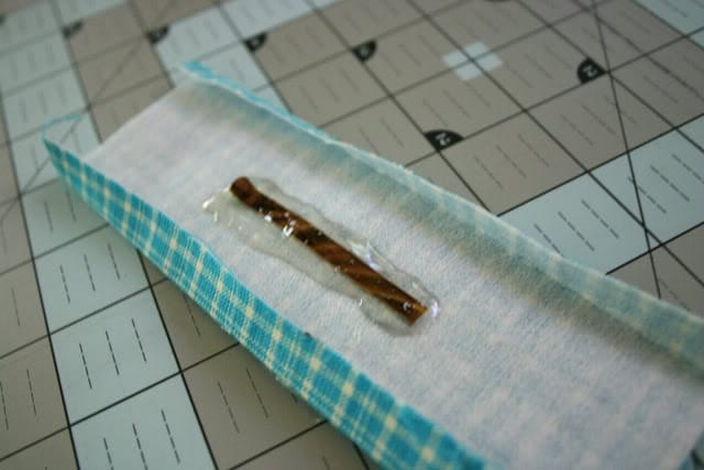 detachable pincushion glue gun pin
