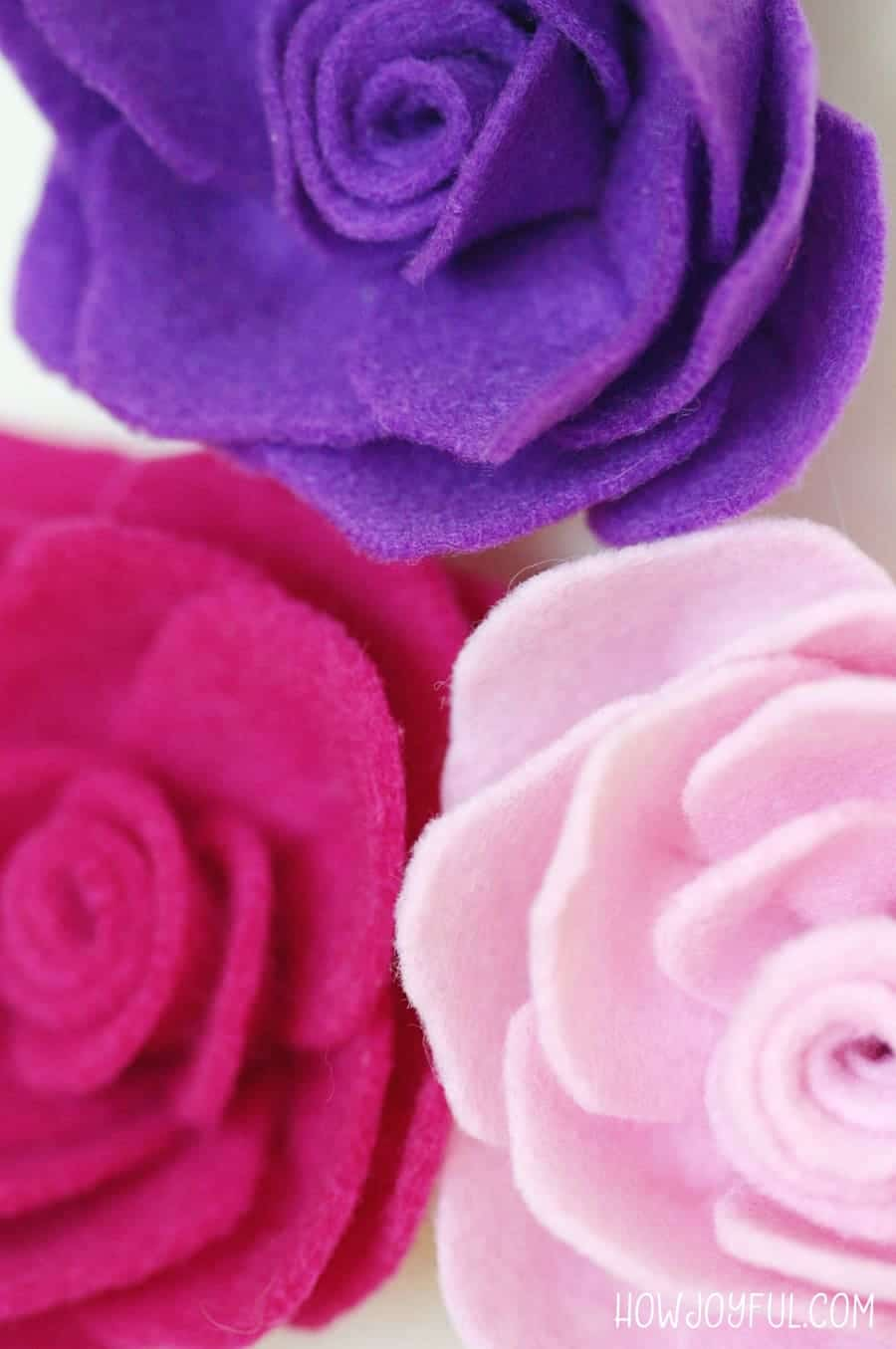 Learn how to make a rose out of felt with @howjoyful's FREE pattern