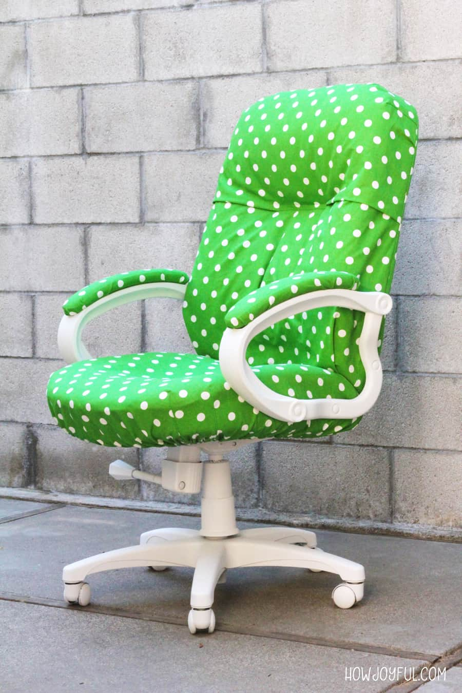 Image of: How To Transform A Boring Chair With Fabric And Lots Of Patience