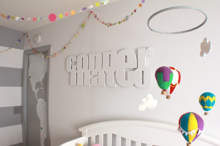 baby mobile with hot air balloons